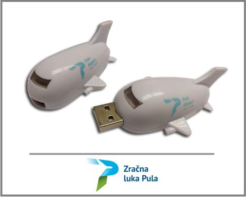 ZRACNA-LUKA-PULA-USB-PLANE